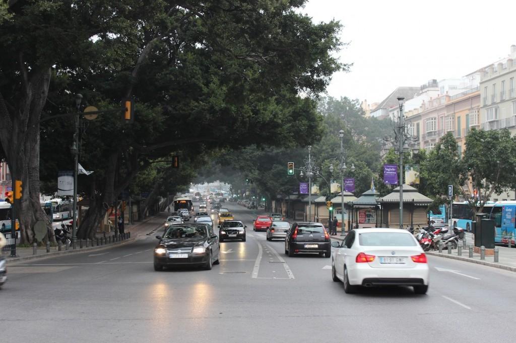 La Alameda Principal hoy tiene una importancia capital en el transporte público. / T.M.