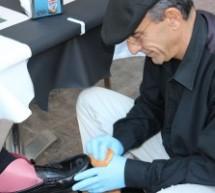 Javier, la vida de un limpiabotas asturiano en el Café Central