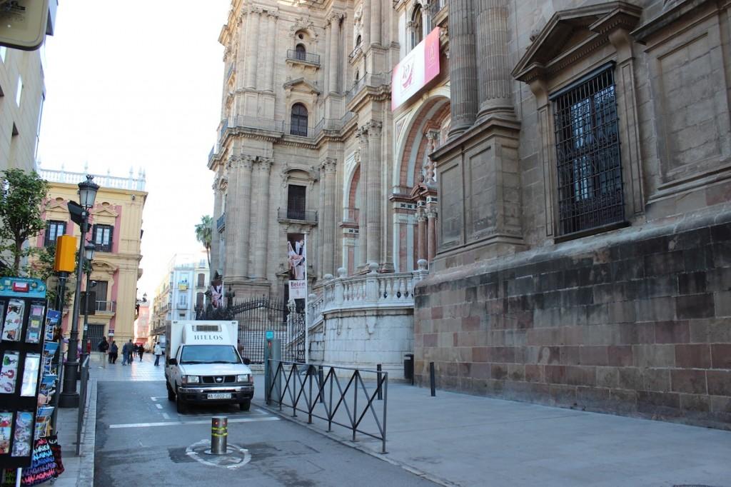 La peatonalización del entorno de la Catedral se retomará este año. / T.M.