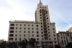 La Equitativa, el otro 'rascacielos' en deterioro. / T.M.