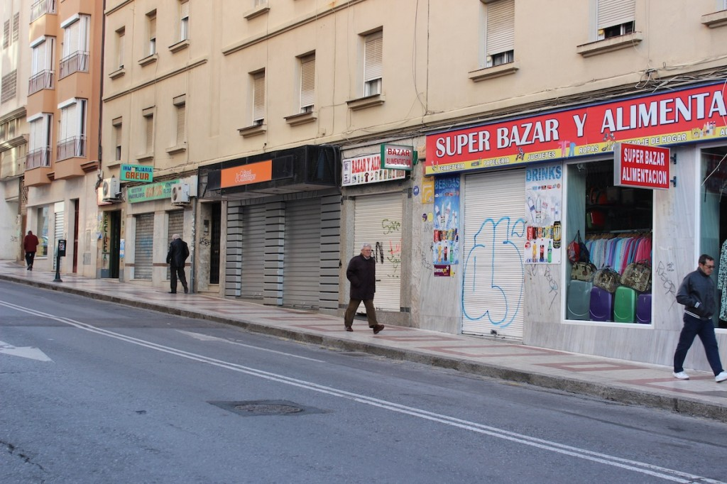 Bazar ubicado en la calle Mármoles. / T.M.
