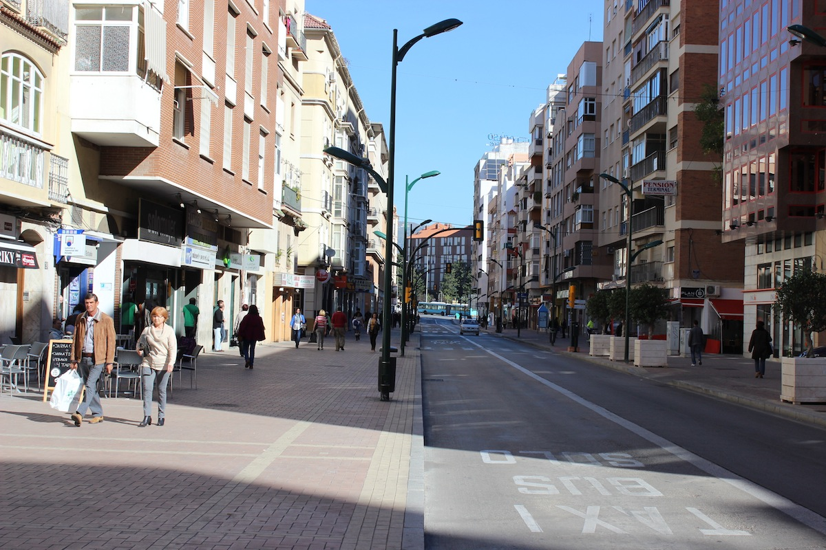 Las calles de El Perchel no conservan muchos vestigios del pasado. / T.M.