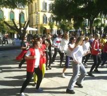 Teatro para motivar a jóvenes sin ocupación en Olletas