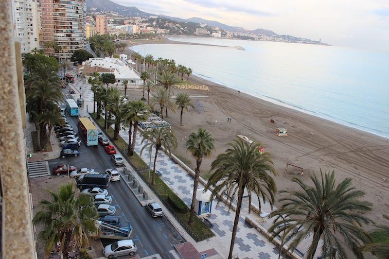 El Paseo Marítimo en pleno barrio de La Malagueta. / T.M.