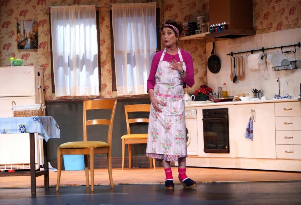 Un momento de la obra Shirley Valentine con Verónica Forqué.
