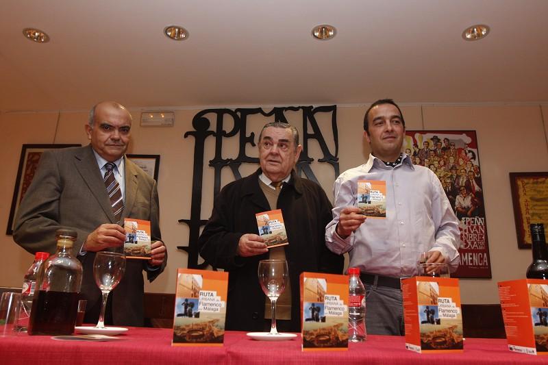 La ruta es organizada por la empresa Flamenka y apoyada por Diputación y la Peña Juan Breva.