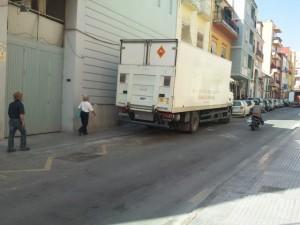 Camión en la carga y descarga.