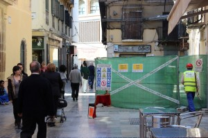 Obras de calle Granada. / T.M.